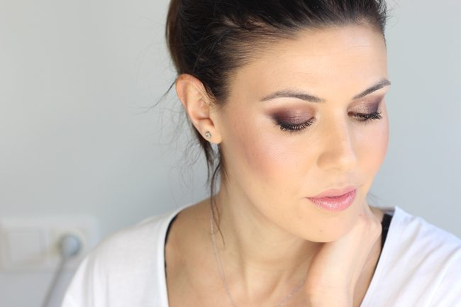 Maquillaje suave glamouroso3