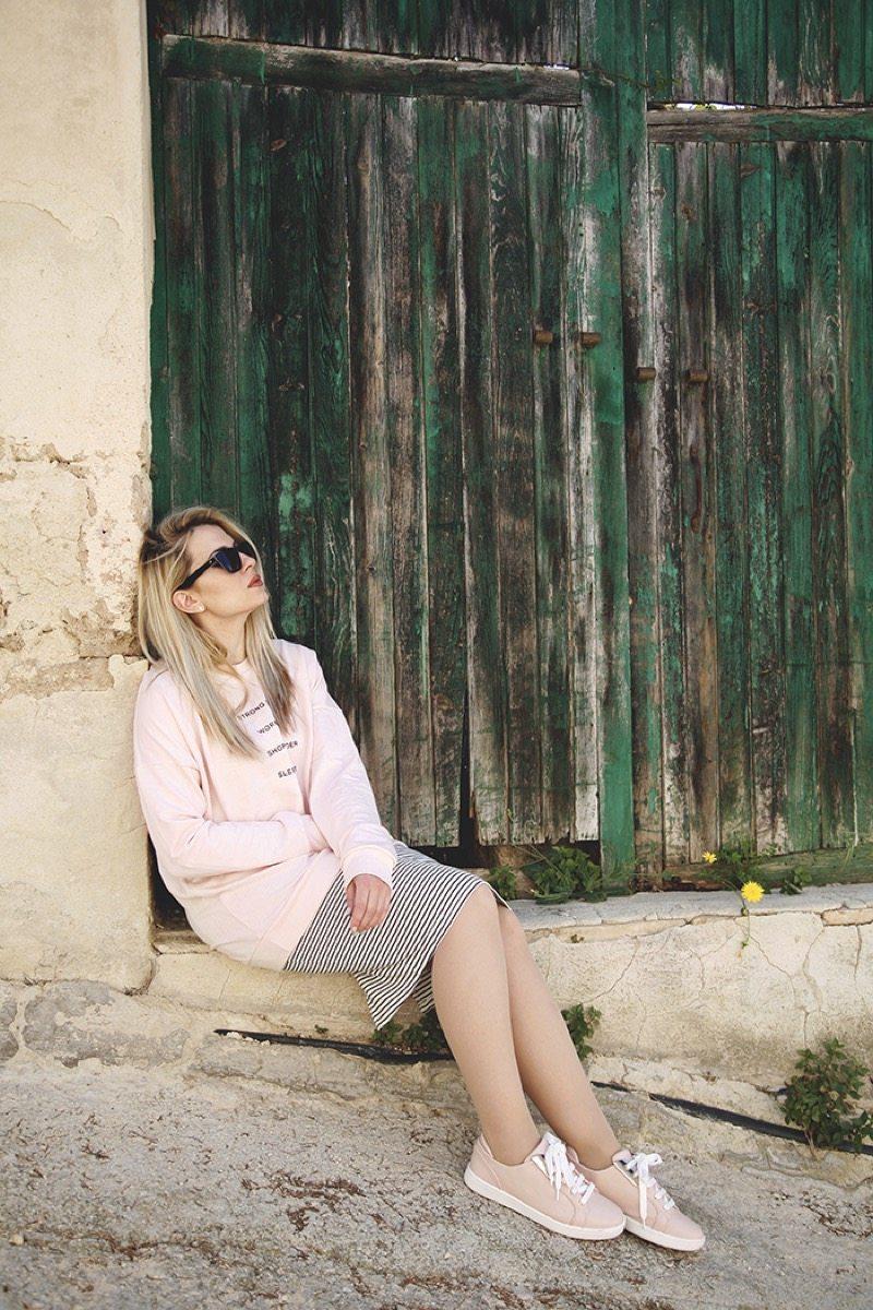 Rose quartz outfit moda