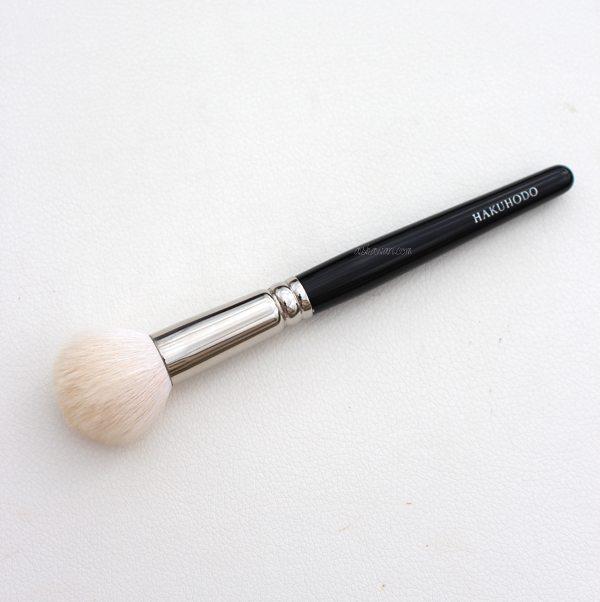 Blush brush round1