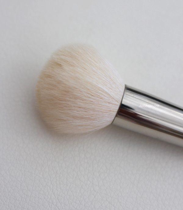 Blush brush round2
