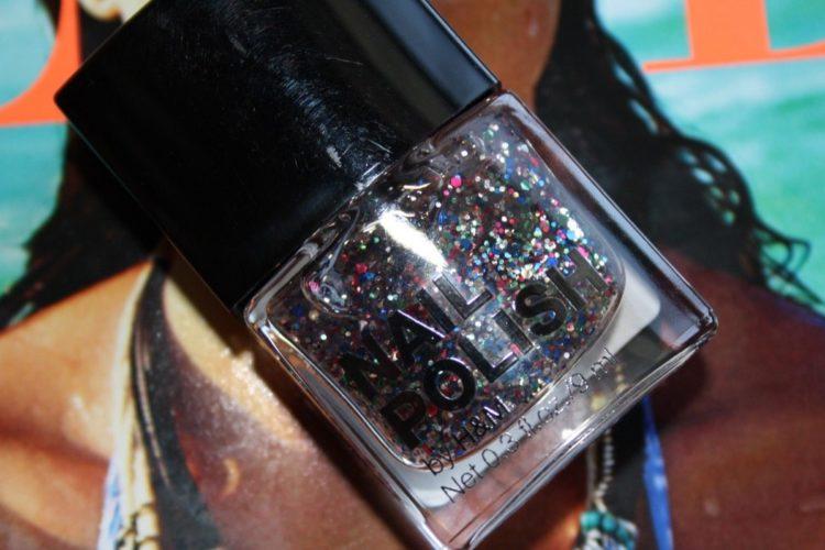 Enamorada del esmalte Confetti de H&M