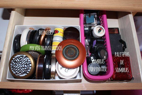 Mueble de maquillaje2